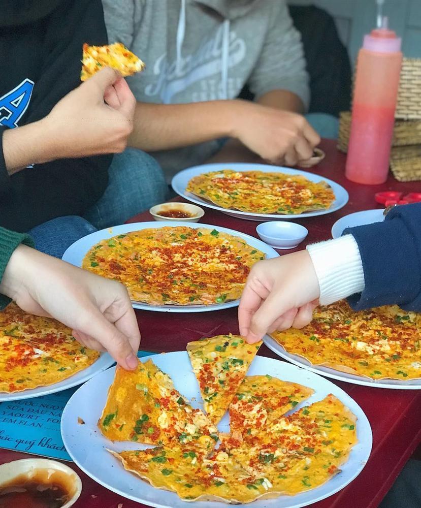 7 quán bánh tráng nướng giòn tan, nóng hổi cho ngày mưa Đà Lạt-1