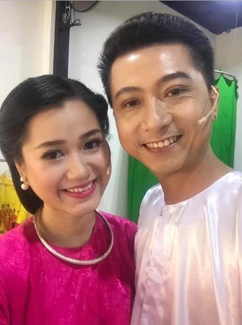 Cuộc sống của gia đình Lâm Vỹ Dạ - Hứa Minh Đạt sau 9 năm kết hôn-8