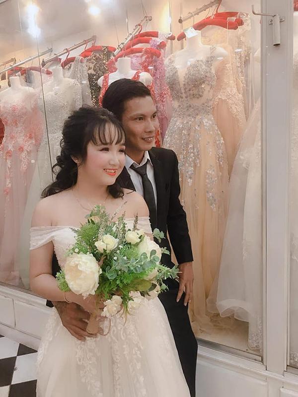 Thánh comment dạo Lộc Idol khoe ảnh chụp bên cô dâu xinh đẹp khiến dân mạng ngã ngửa-2