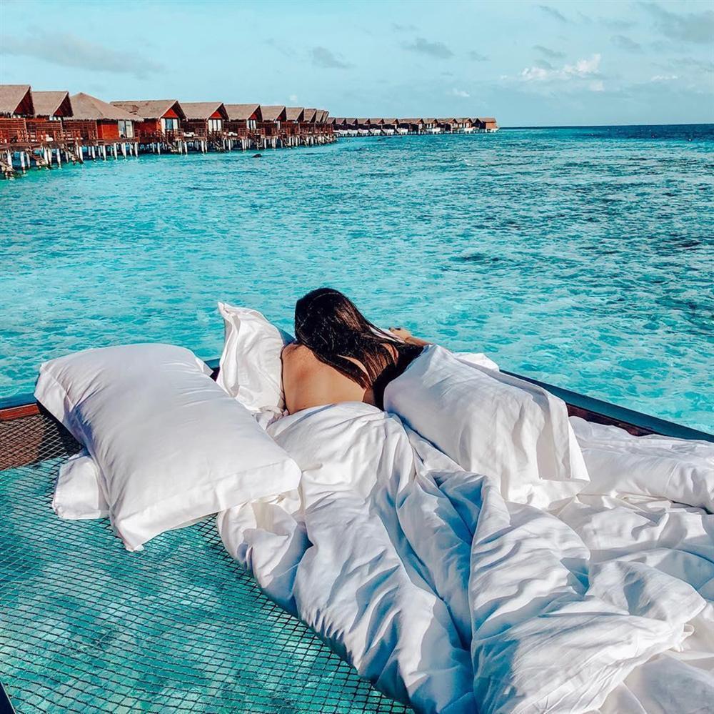 Chi 400 USD/đêm ngủ giữa đại dương, ngắm bình minh ở Maldives-1