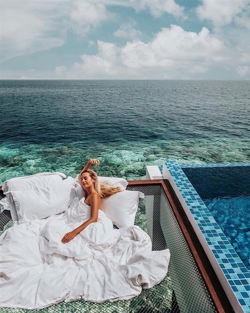 Chi 400 USD/đêm ngủ giữa đại dương, ngắm bình minh ở Maldives-4
