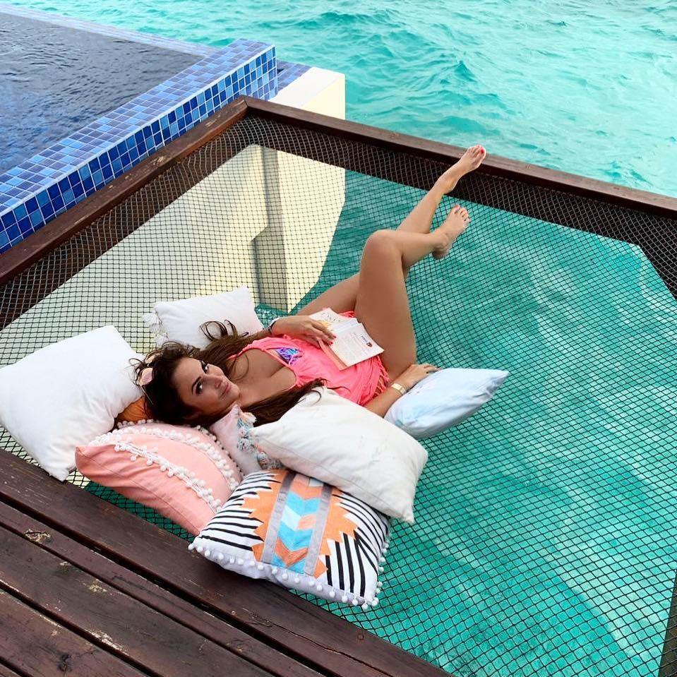 Chi 400 USD/đêm ngủ giữa đại dương, ngắm bình minh ở Maldives-10