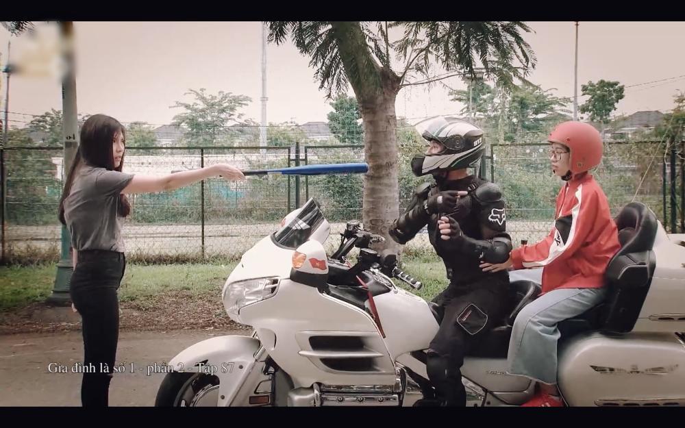 Sợ Lương Thế Thành lấy moto chở gái, Thúy Diễm bắt lựa chọn giữa em và xe anh chọn ai-3