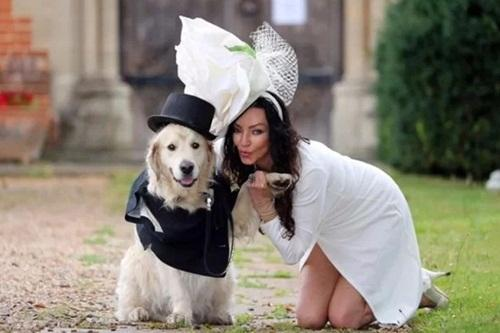 Thất vọng về đàn ông, cô gái quyết định cưới thú cưng làm chồng-2