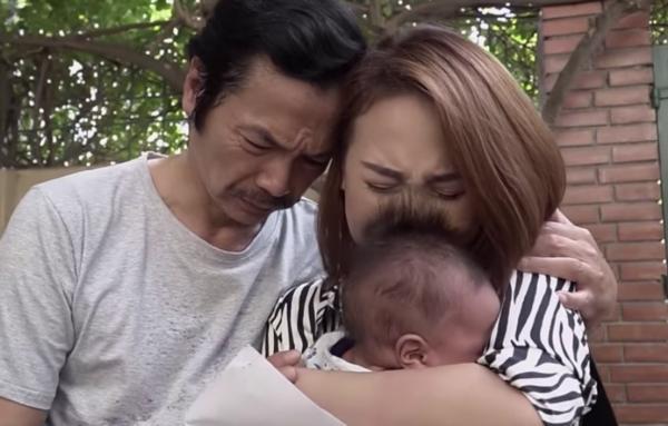 Ông Sơn rơi nước mắt hối hận vì đã trách oan Vũ trong tập 79 Về Nhà Đi Con-1