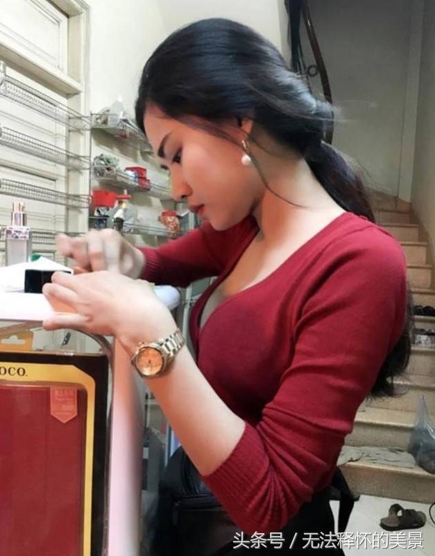 Quán ăn Việt tại Trung Quốc đắt khách nhờ cô bán hàng siêu bốc lửa-4