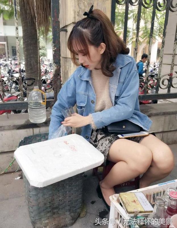 Quán ăn Việt tại Trung Quốc đắt khách nhờ cô bán hàng siêu bốc lửa-7
