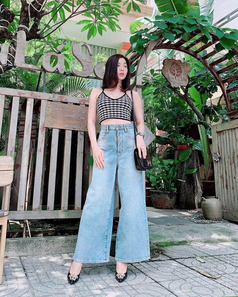 Cùng khoe street style với sắc hồng: Sơn Tùng đỏm dáng - Ngọc Trinh sexy - Phạm Hương cổ điển-8