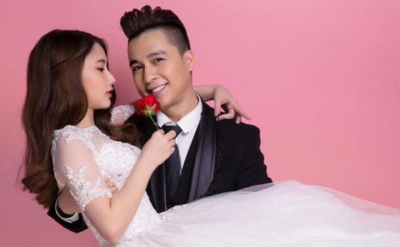 Đối phó với gạ tình, chat sex - hotgirl hotboy Việt: Người lặng lẽ cho qua, kẻ chơi lầy đòi tăng giá-1