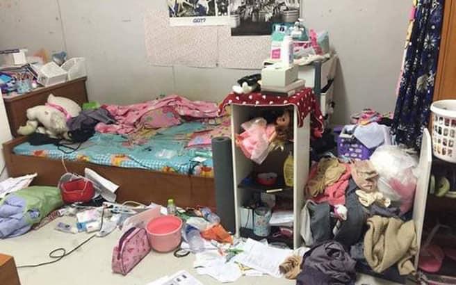 Anh người yêu phát điên tố bạn gái ở bẩn nhà hôi thối như bãi rác, đồ lót ngâm bốc mùi trong chậu không giặt...-1