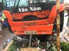 Xe khách vào chợ ven đường ở Gia Lai, ít nhất 3 người chết