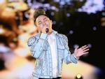 Chi Pu ngã sấp xuống sàn sân khấu Hoa hậu Thế giới Việt Nam 2019-2