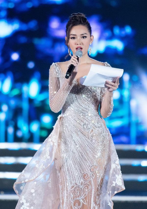 Nhan sắc Đại học Ngoại thương Lương Thùy Linh chính thức đăng quang Miss World Vietnam 2019-9