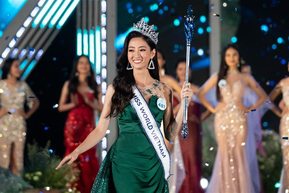 Lương Thùy Linh đăng quang Miss World Vietnam 2019, một lần nữa thiên hạ phải trầm trồ về Đại học Ngoại thương-1