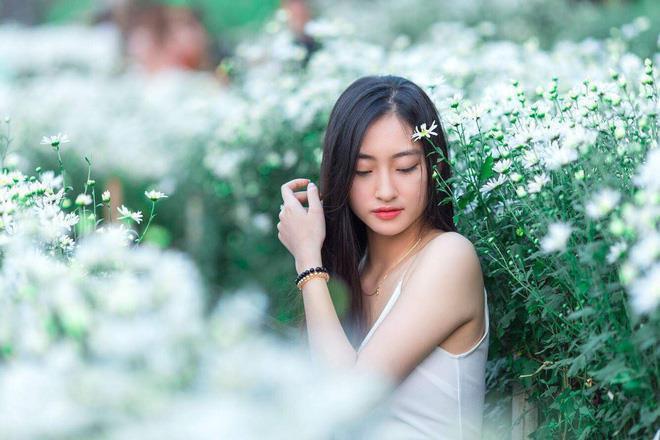 Lương Thùy Linh vừa đăng quang Miss World Vietnam 2019 đã bị khai quật ảnh mặt mộc đáng ngạc nhiên-6