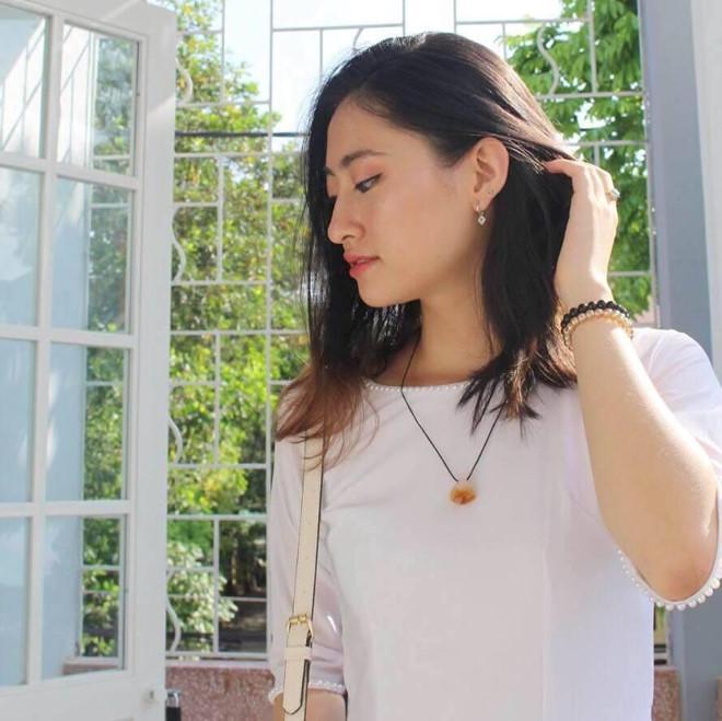 Lương Thùy Linh vừa đăng quang Miss World Vietnam 2019 đã bị khai quật ảnh mặt mộc đáng ngạc nhiên-9