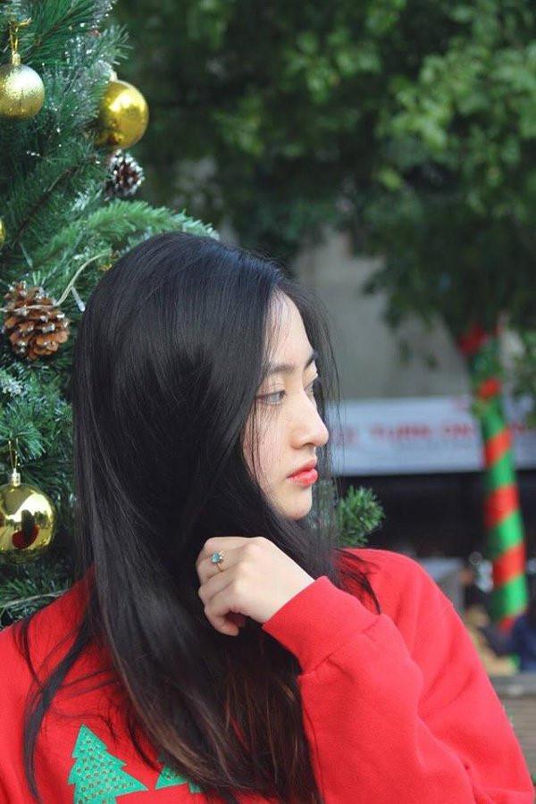 Lương Thùy Linh vừa đăng quang Miss World Vietnam 2019 đã bị khai quật ảnh mặt mộc đáng ngạc nhiên-11