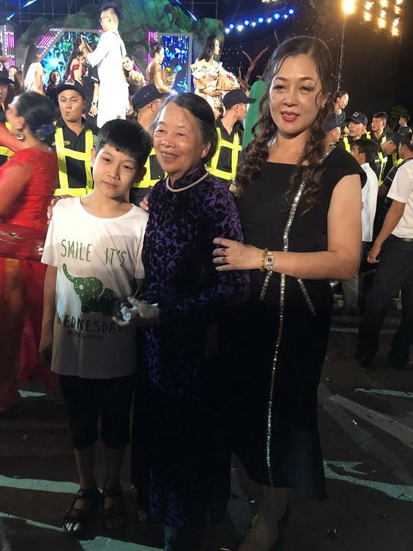Gia thế tân Hoa hậu Lương Thùy Linh: Bố sĩ quan Quân Đội, mẹ Giám đốc Kho bạc Nhà nước tỉnh Cao Bằng-6