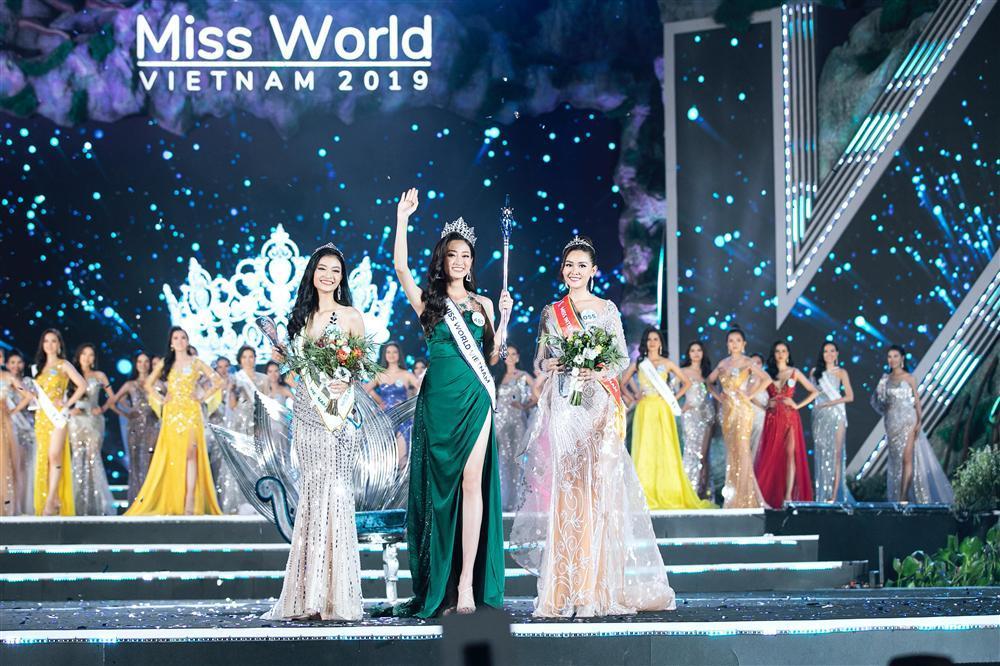 NTK váy dạ hội của Miss World Vietnam 2019: 'Lương Thuỳ Linh rất ngoan, lễ phép và hiểu chuyện'-6