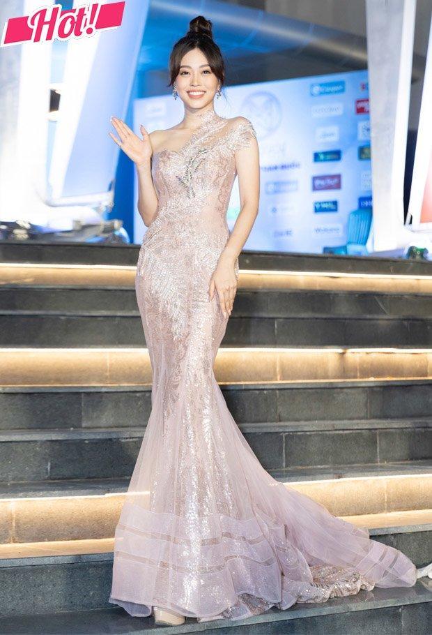 Thảm đỏ Miss World 2019: dàn Hoa hậu váy áo lộng lẫy nhưng thí sinh sao mặc sến thế này?-5