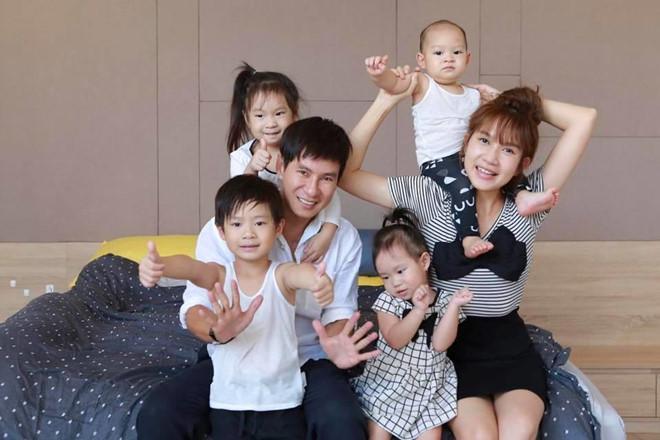 Đan Trường, Lý Hải và những sao Việt làm cha ở tuổi ngoài tứ tuần-4