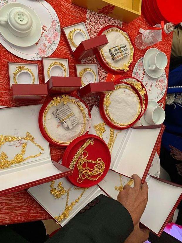 Những cô dâu số hưởng với vòng vàng trĩu cổ: Gánh nặng vậy ai cũng nguyện ý lấy chồng!-4
