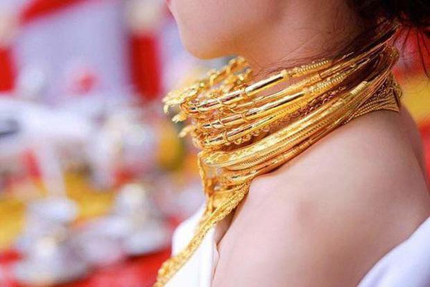 Những cô dâu số hưởng với vòng vàng trĩu cổ: Gánh nặng vậy ai cũng nguyện ý lấy chồng!-5