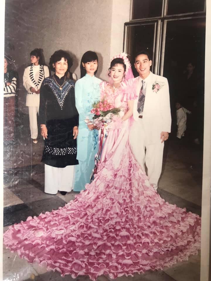 Khoe ảnh cưới thời bố mẹ em, cô gái Hải Phòng khiến dân tình trầm trồ với độ chịu chơi của đấng sinh thành-4