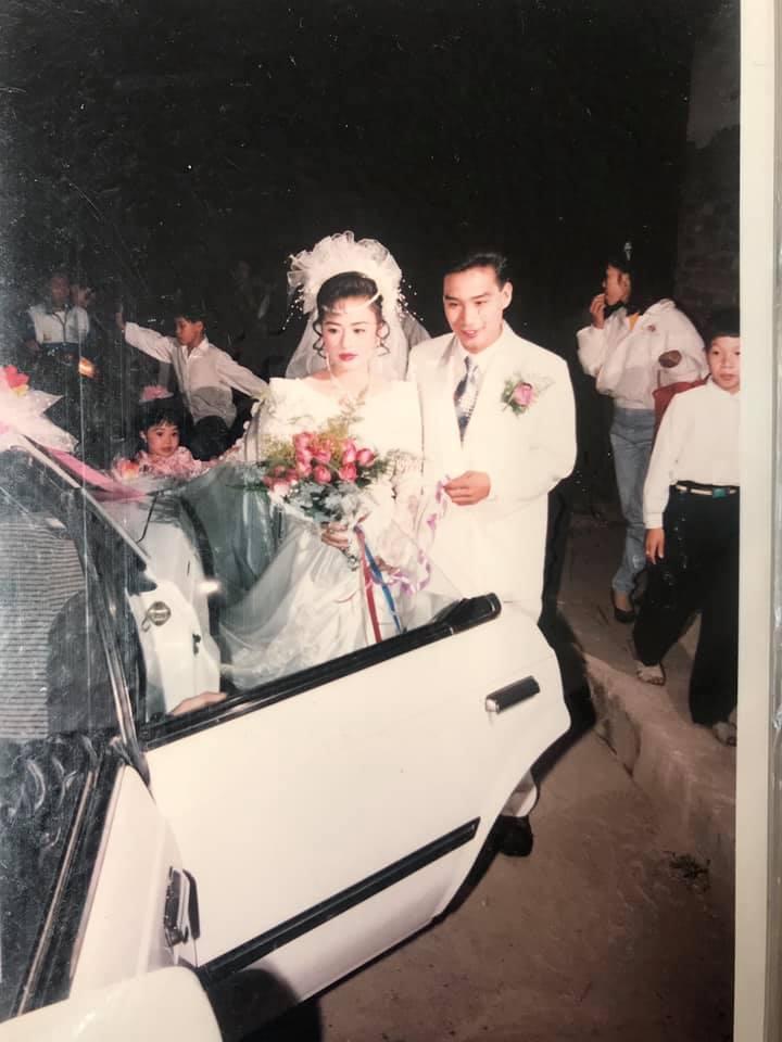 Khoe ảnh cưới thời bố mẹ em, cô gái Hải Phòng khiến dân tình trầm trồ với độ chịu chơi của đấng sinh thành-5