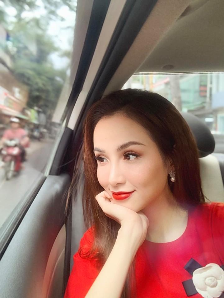 Hoa hậu Kỳ Duyên cảm thấy xa xôi như chưa từng quen dù đang ngồi cạnh Minh Triệu-3