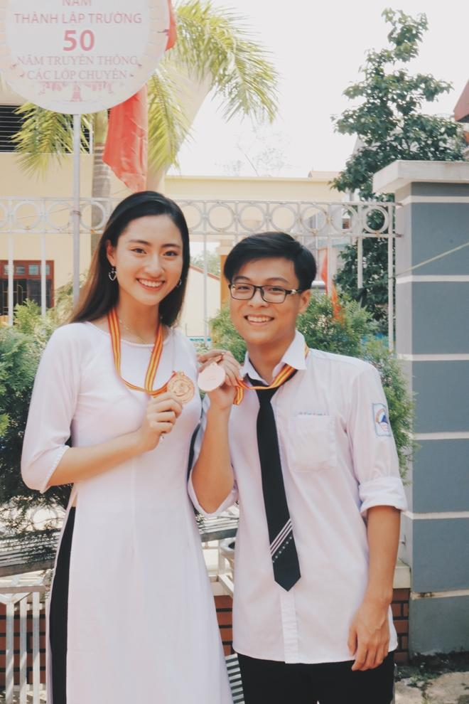Tân hoa hậu Lương Thùy Linh qua lời kể của thầy cô, bạn bè-4