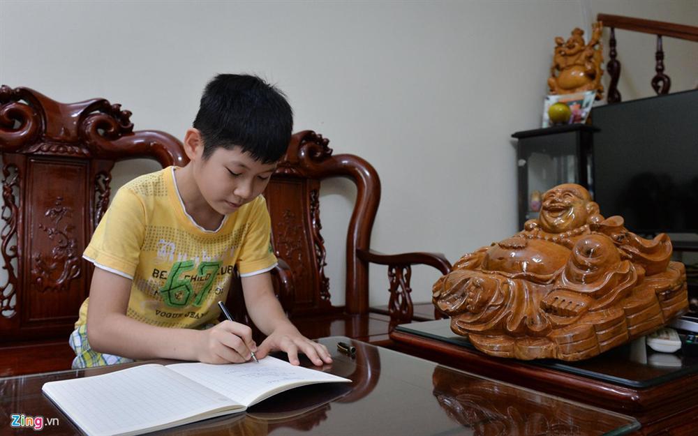 Mẹ là Giám đốc Kho bạc, gia đình Hoa hậu Lương Thùy Linh sống giản dị-5