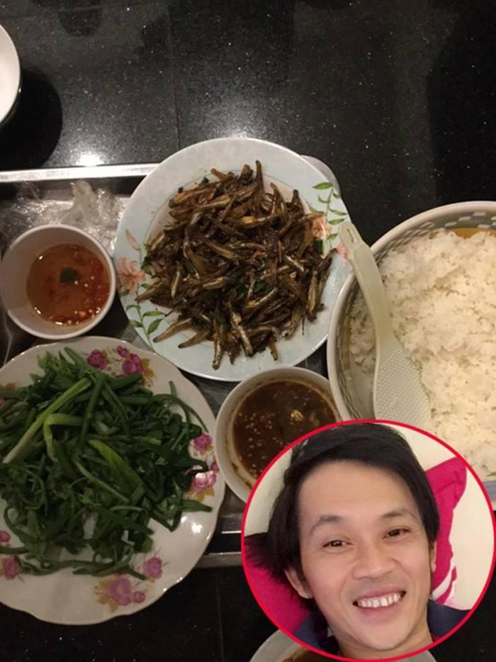 Vẫn biết Hoài Linh không thích sơn hào hải vị, nhưng nhìn bữa cơm toàn mắm của danh hài ai nấy vẫn xót xa-5