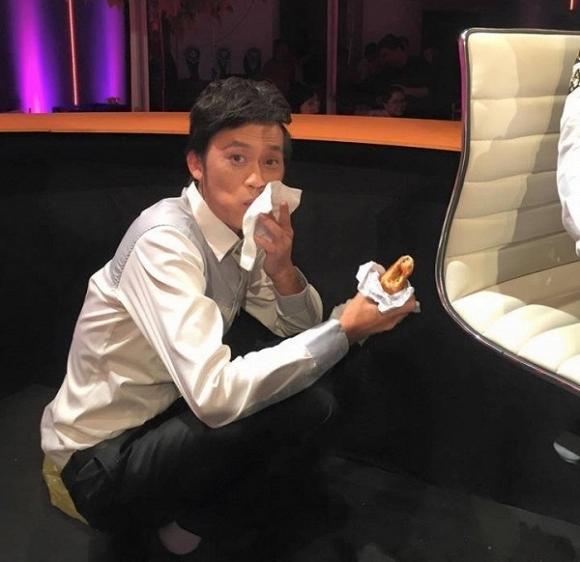 Vẫn biết Hoài Linh không thích sơn hào hải vị, nhưng nhìn bữa cơm toàn mắm của danh hài ai nấy vẫn xót xa-7