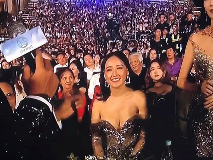 Êkip Mai Phương Thúy lên tiếng xin lỗi về sự cố váy áo khiến hoa hậu lao đao vì hở trên truyền hình-2