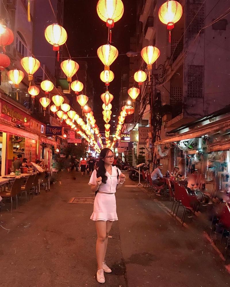 3 khu phố nhộn nhịp về đêm thu hút giới trẻ Sài thành-1