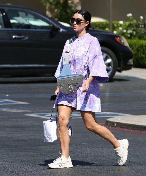 Kim Kardashian lại gây sốt với chiếc túi Dior hơn 800 triệu đồng-1