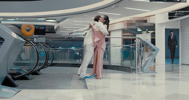Người lạ ơi phiên bản điện ảnh mới nhá hàng teaser trailer, khán giả đã phán nhảm nhí-5