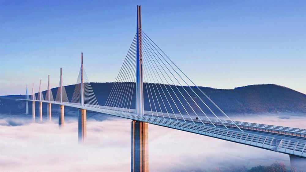 Những cây cầu độc đáo thu hút khách du lịch khắp thế giới-6