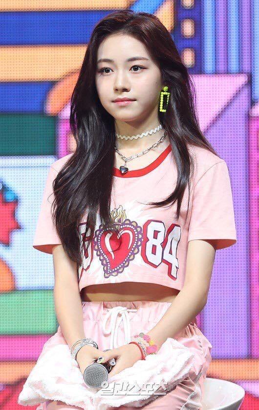 Nhan sắc nữ thần tượng nhỏ tuổi nhất Kpop gây chú ý-4