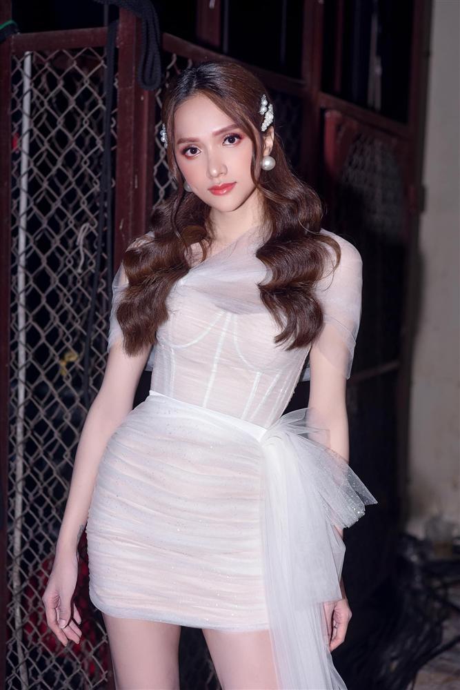 Chán quật tiểu tam, Hương Giang rục rịch tiến cung trong MV mới đậm chất cổ trang?-3