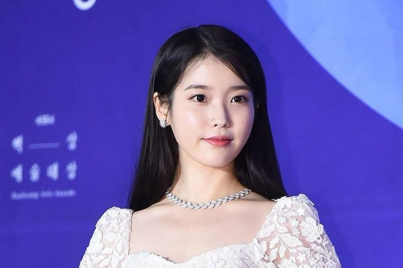 Nữ idol xấu nhất Kpop khoe vẻ ngoài lột xác rực rỡ-4