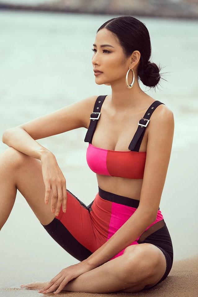 Bản tin Hoa hậu Hoàn vũ 8/8: Tướng ngồi bán chè giúp Hoàng Thùy tỏa sáng bất ngờ giữa rừng mỹ nữ-1
