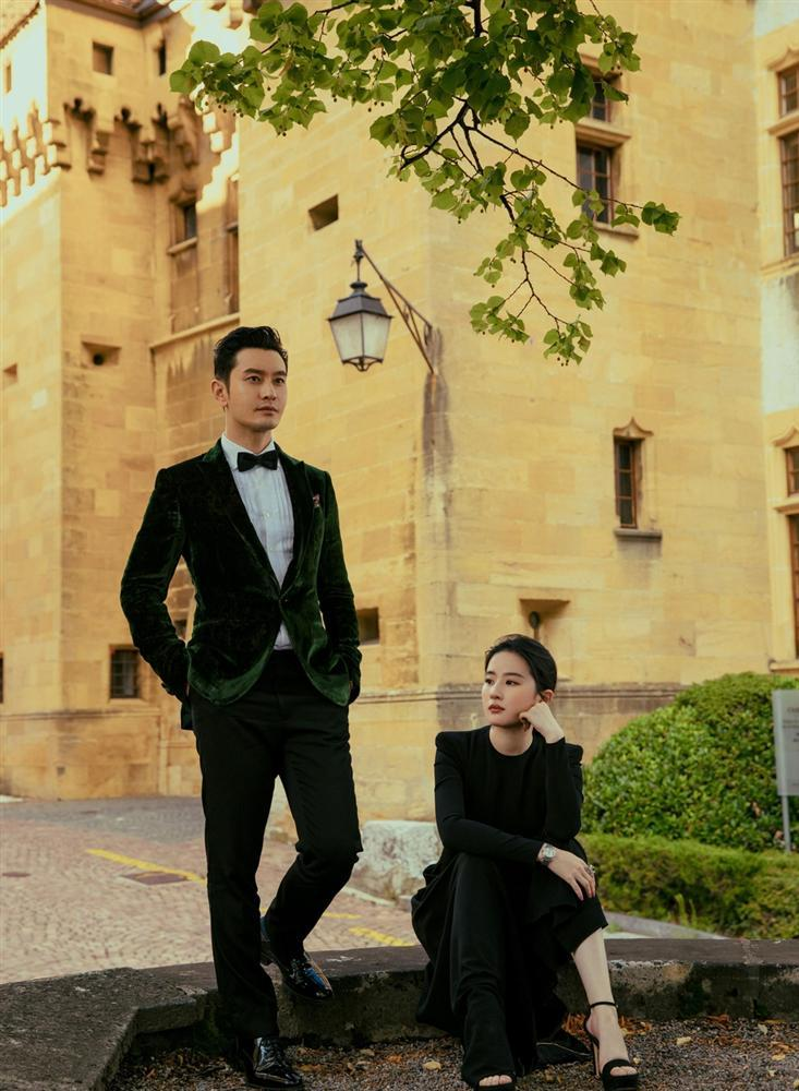 Cô Cô Lưu Diệc Phi khoe ảnh ngọt ngào cùng Dương Quá Huỳnh Hiểu Minh-7