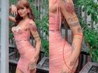 Kéo vòng ba siêu to đến nỗi biến cánh tay như dị tật, BB Trần bị bóc trình photoshop 'còn non và xanh lắm'