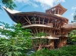 Khu nghỉ dưỡng cao cấp thiết kế hoàn toàn từ tre tại đảo Bali