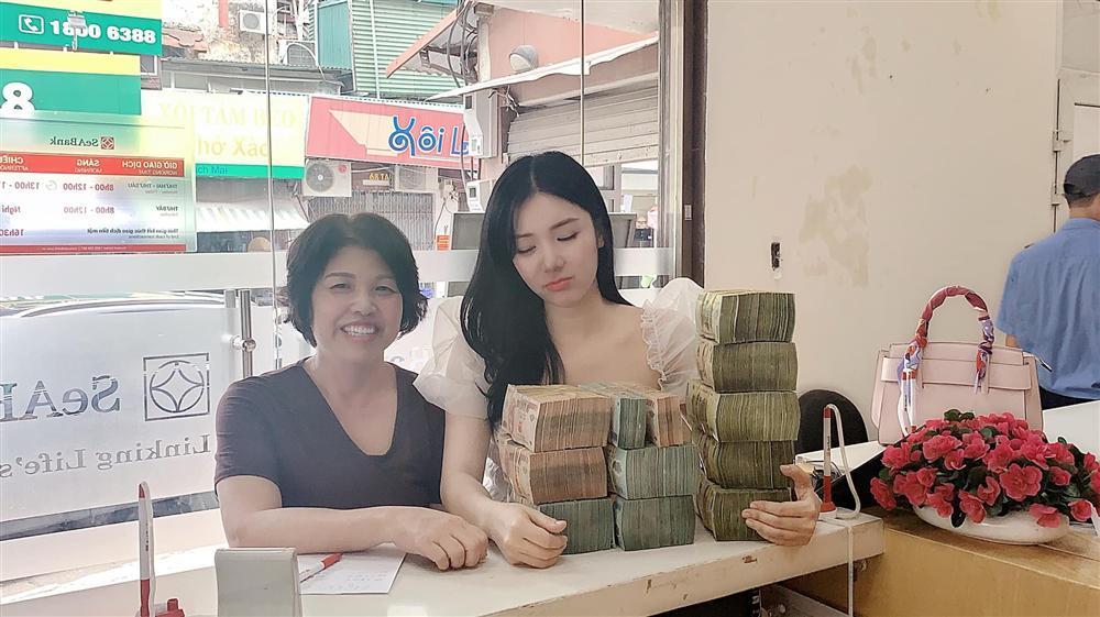 Vừa định bán nhà Quang Lê mua tặng, Thanh Bi lại khoe tậu nhà tiền tỷ-1