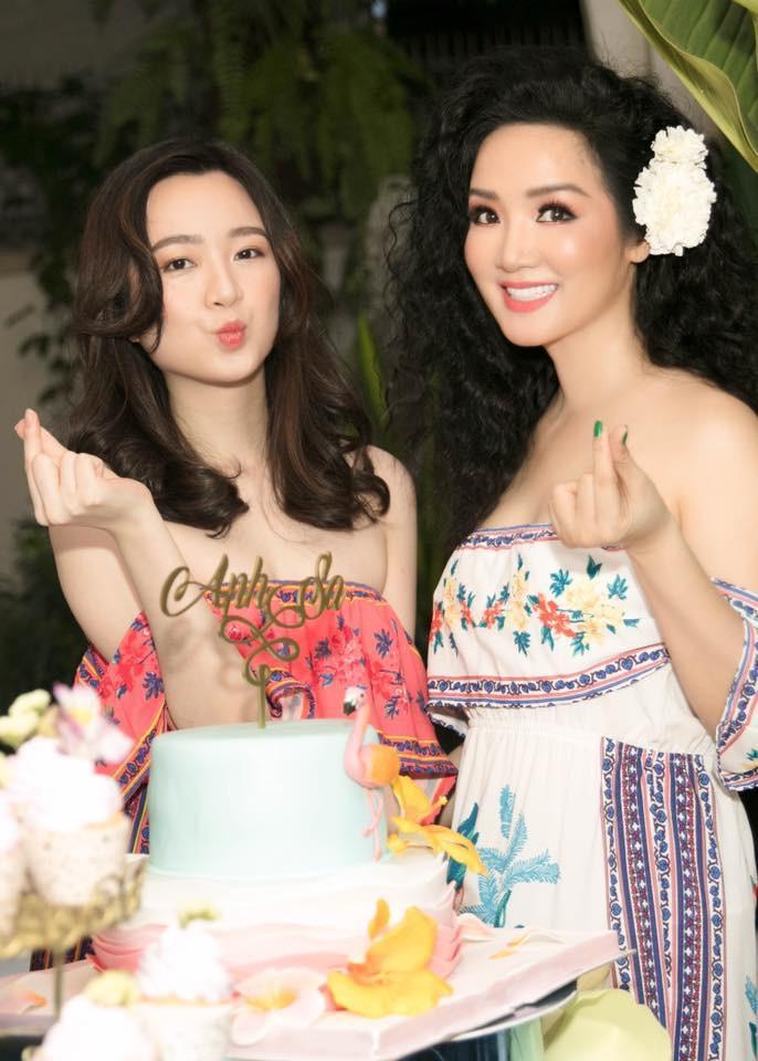 Khoe ảnh siêu đẹp mừng sinh nhật con gái, Hoa hậu Giáng My khiến ai nấy ngất ngây trước nhan sắc của Rich Kid Anh Sa-8