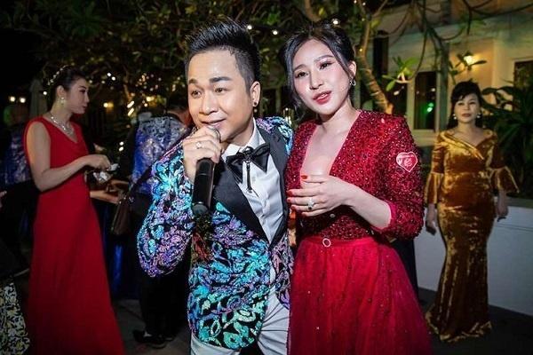 Cát-xê hát quán bar, đám cưới sao Việt: Người tiền tỷ, kẻ sương sương cũng vài trăm triệu-10