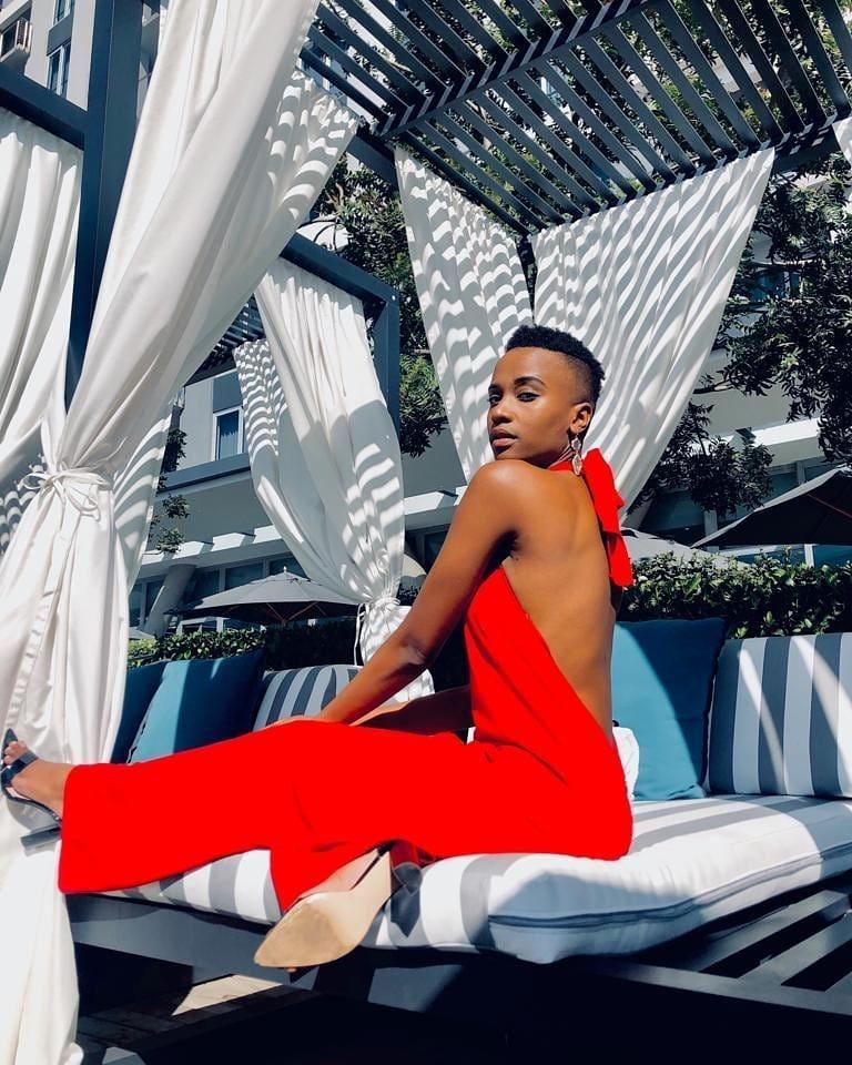 Lộ diện tân Hoa hậu Nam Phi: Nàng tomboy khiến Hoàng Thùy phải dè chừng tại Miss Universe 2019-11